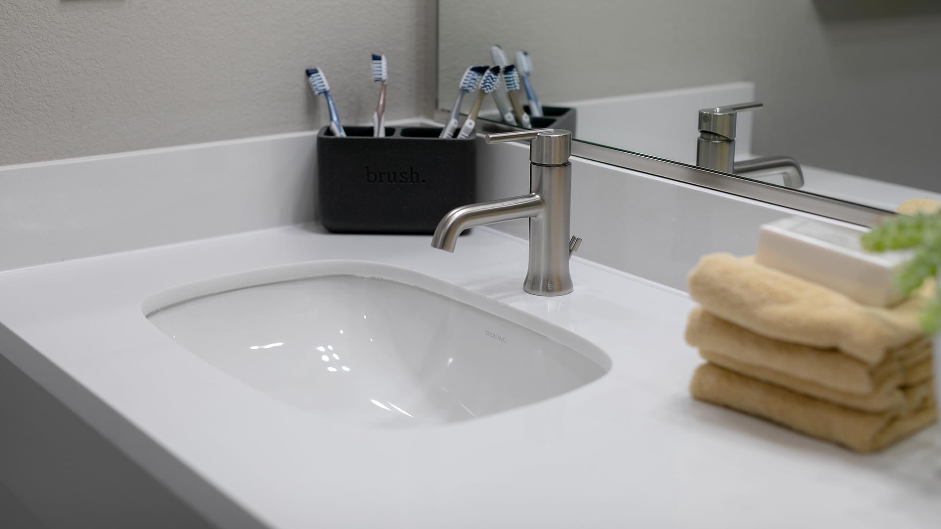 Residence 4 Bath 2