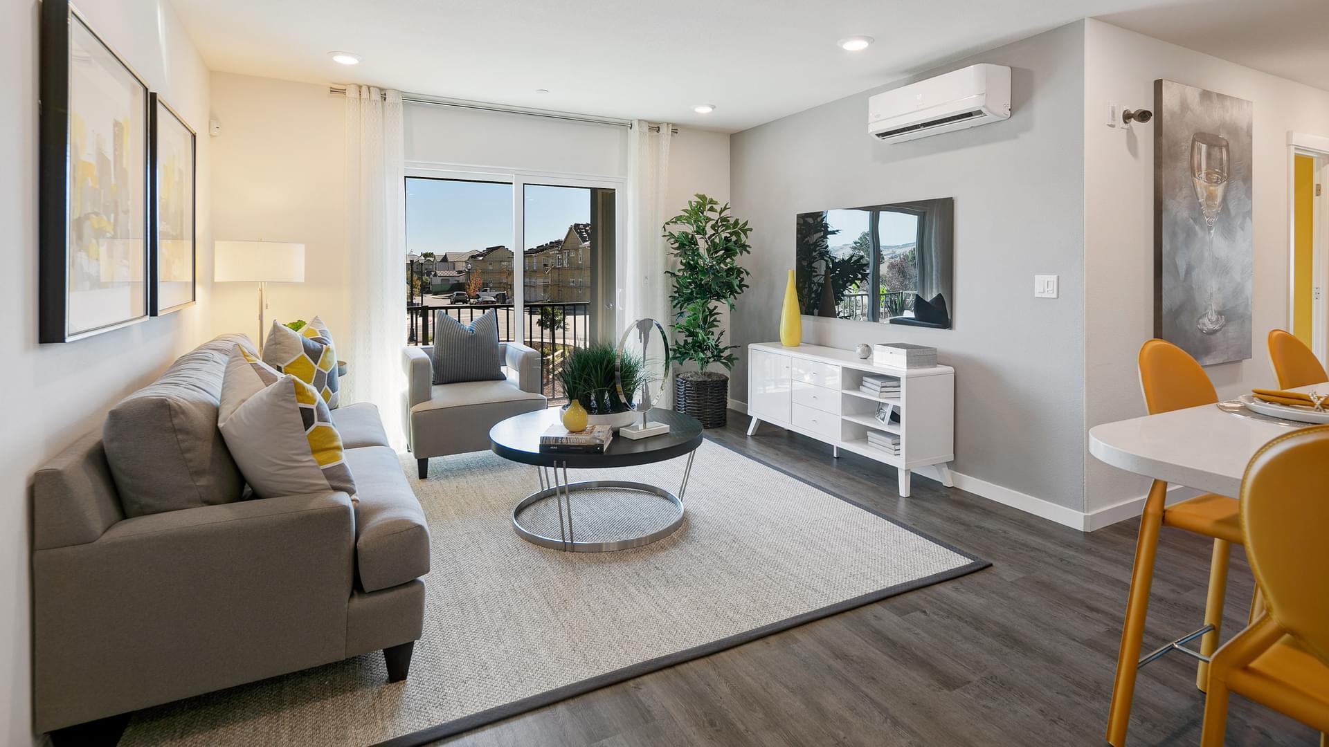 Residence 4 Living Room