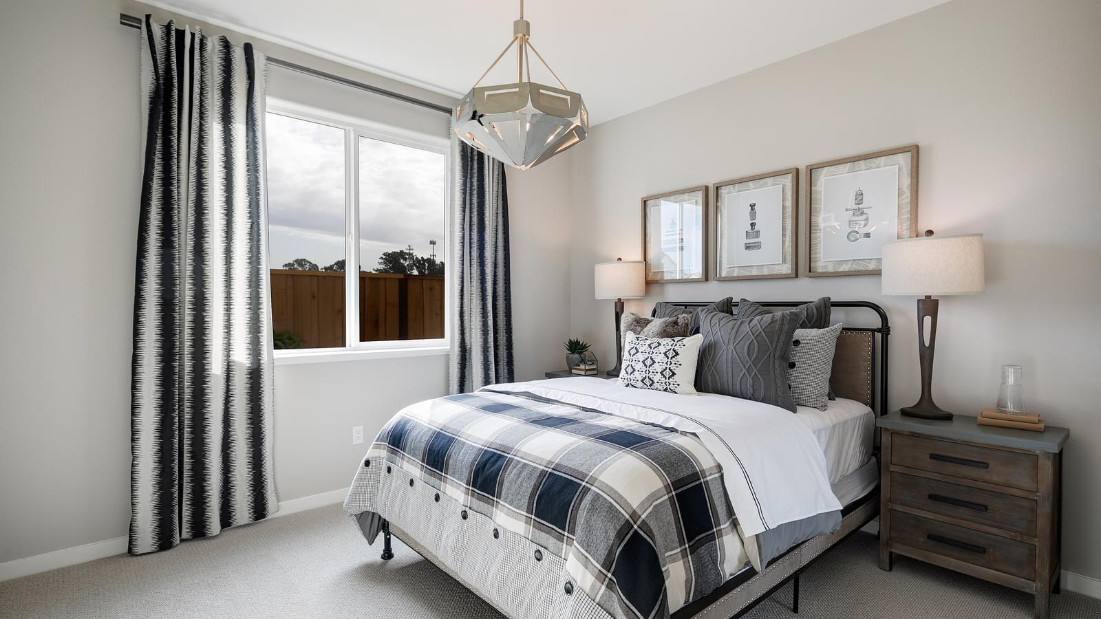 Residence 5 Bedroom 4