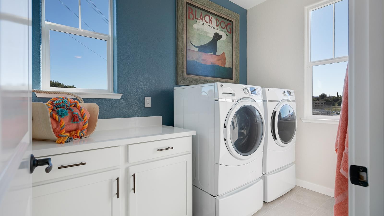 Residence 2 Laundry