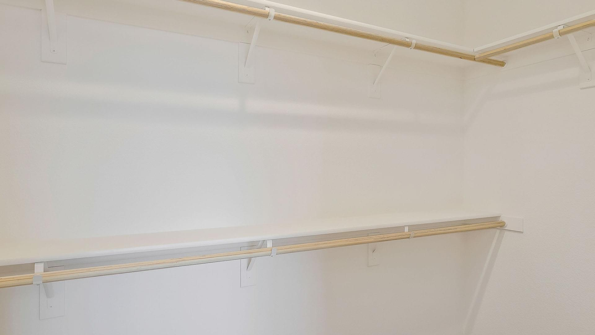 Residence 3 Alt Master Walk-In Closet