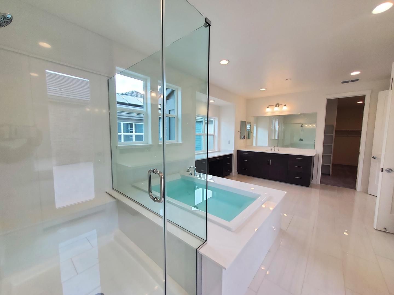 Homesite 48.2 Master Bath