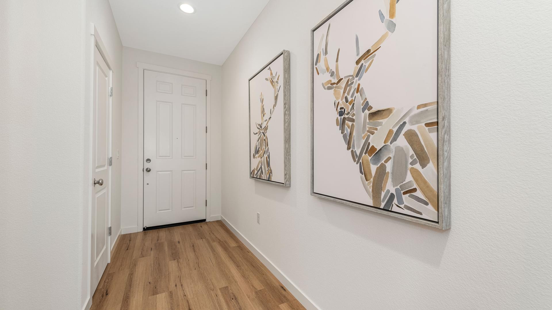 Residence 1 | Lot 166 | Hall