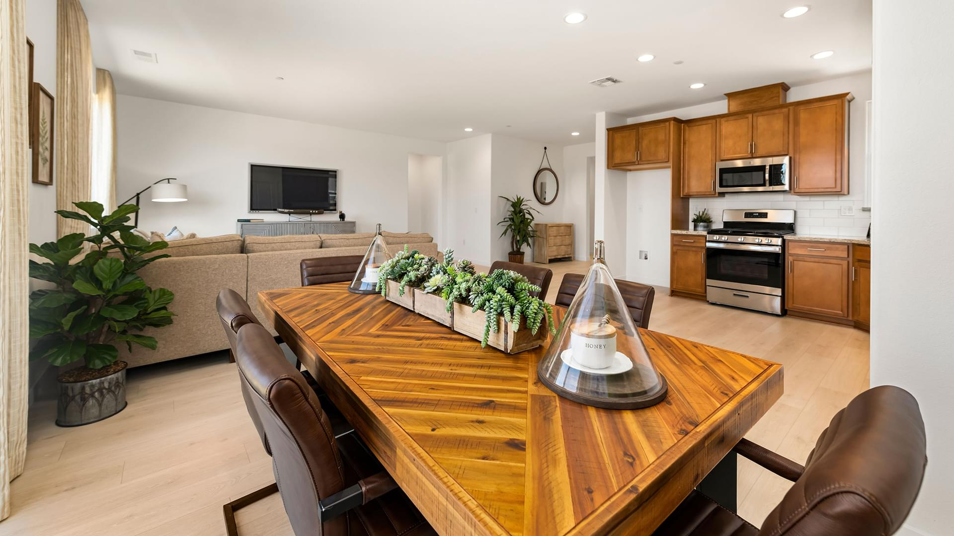 Residence 2A | Lot 167 | Family Dining