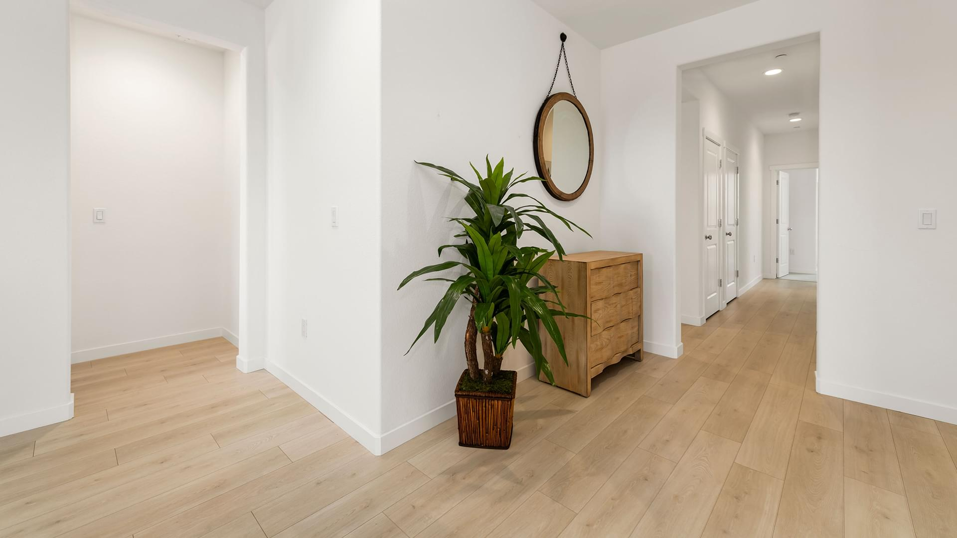 Residence 2A | Lot 167 | Entry