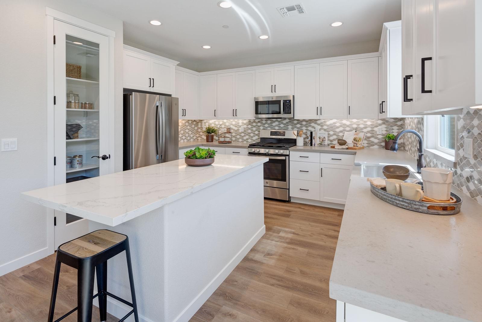 Residence 3 Kitchen