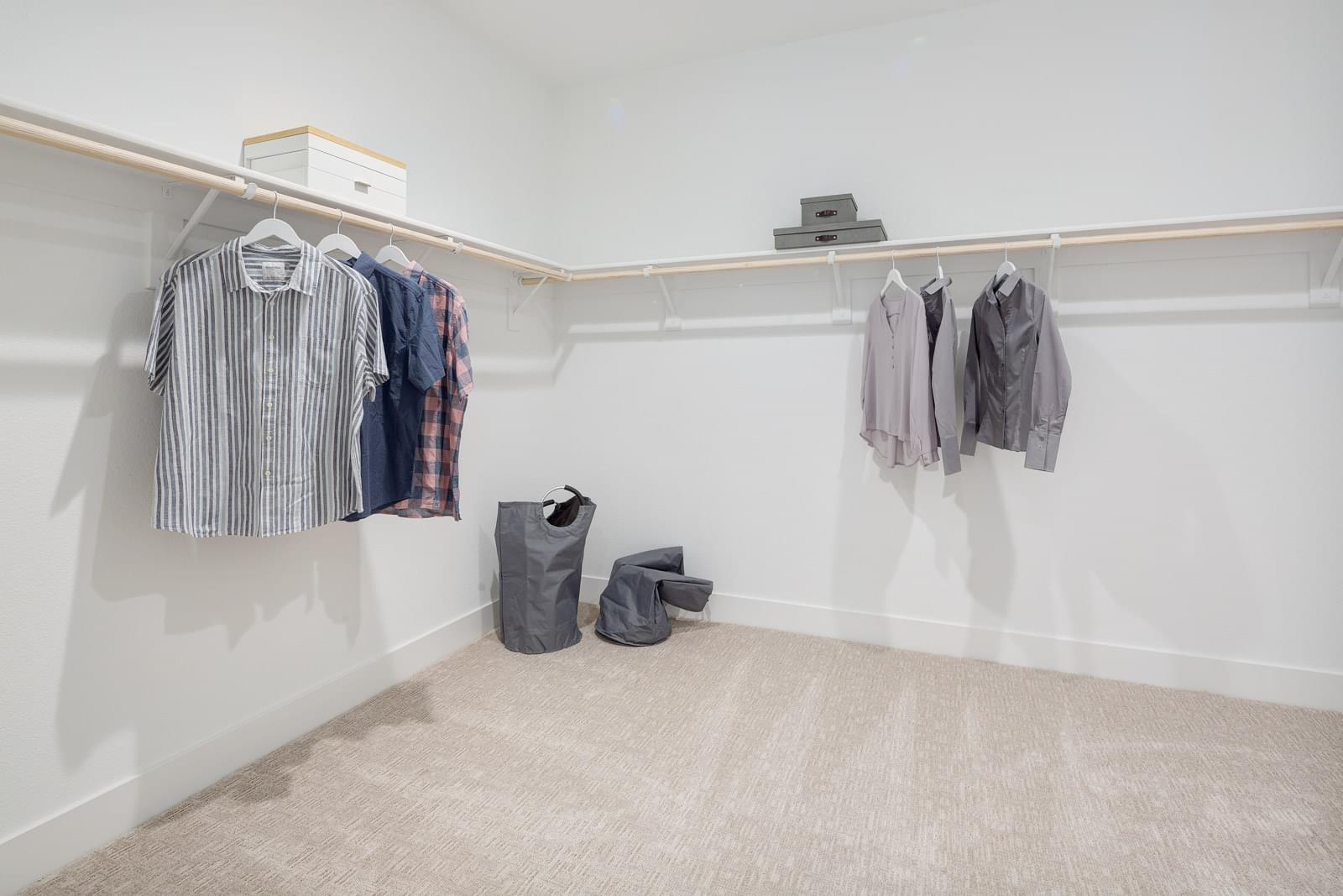 Residence 4 Owner's Walk-In Closet