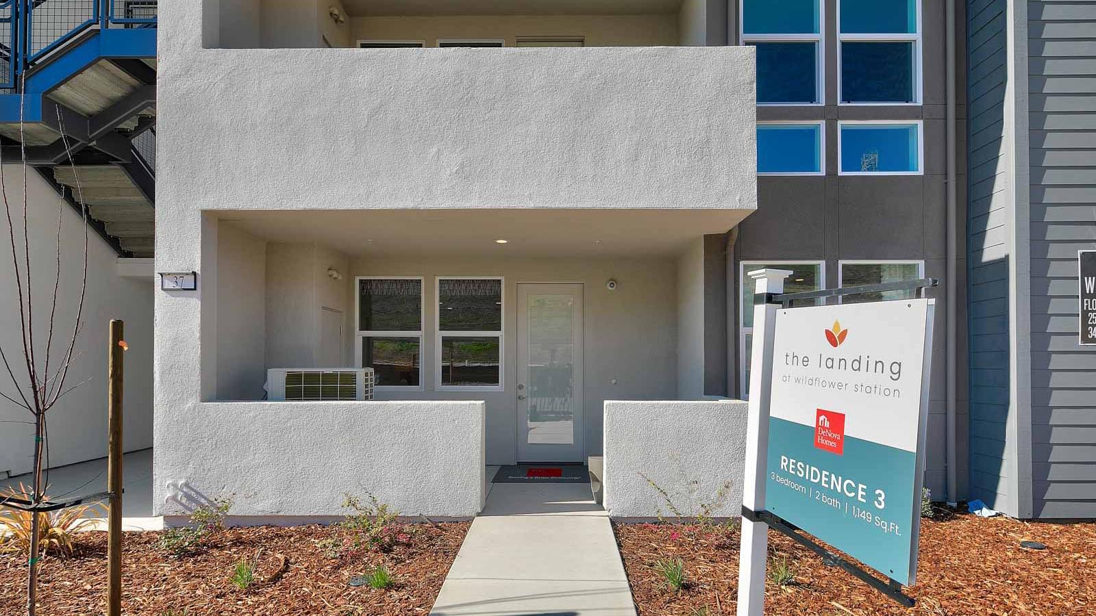 Residence 3 Entry Ground Level