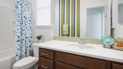 Residence 5 - Bath 2