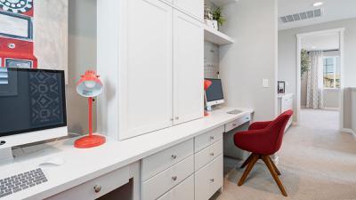 Loft w/ opt.  uppers & lower desk
